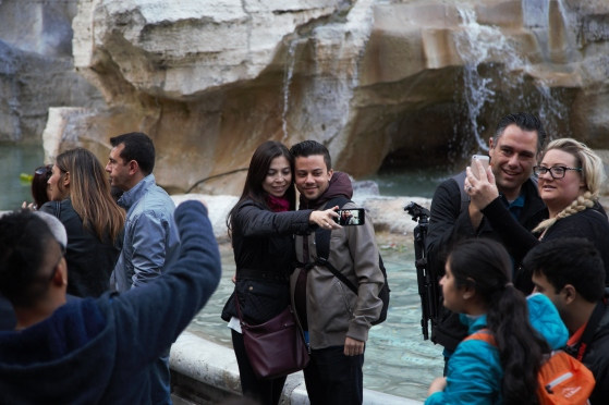 Double-couple selfies at Trevi Fountain