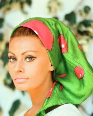 headscarf sophia loren
