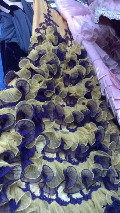 Second Hand Souk: Ruffles