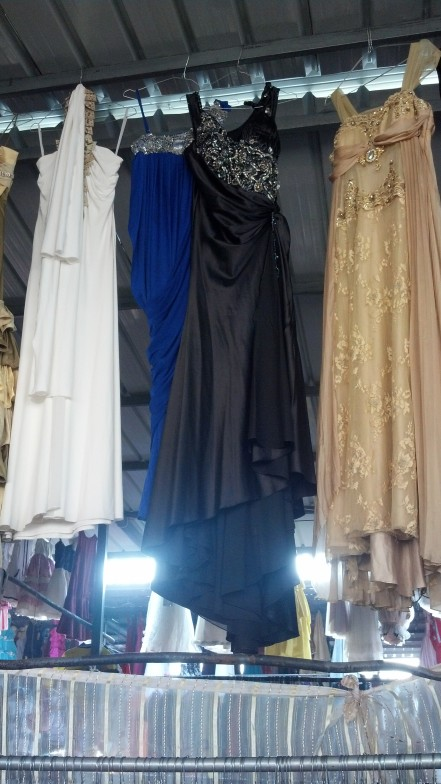 Second Hand Souk: Gowns