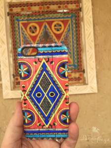 Phone cover/Saudi door spotting at Diriyah
