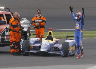 Alexander Rossi, happy victor, with tow crew at the 2016 Indianapolis 500.