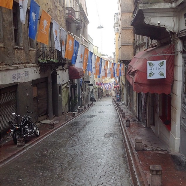 Istanbul street before 2014 municipal elections